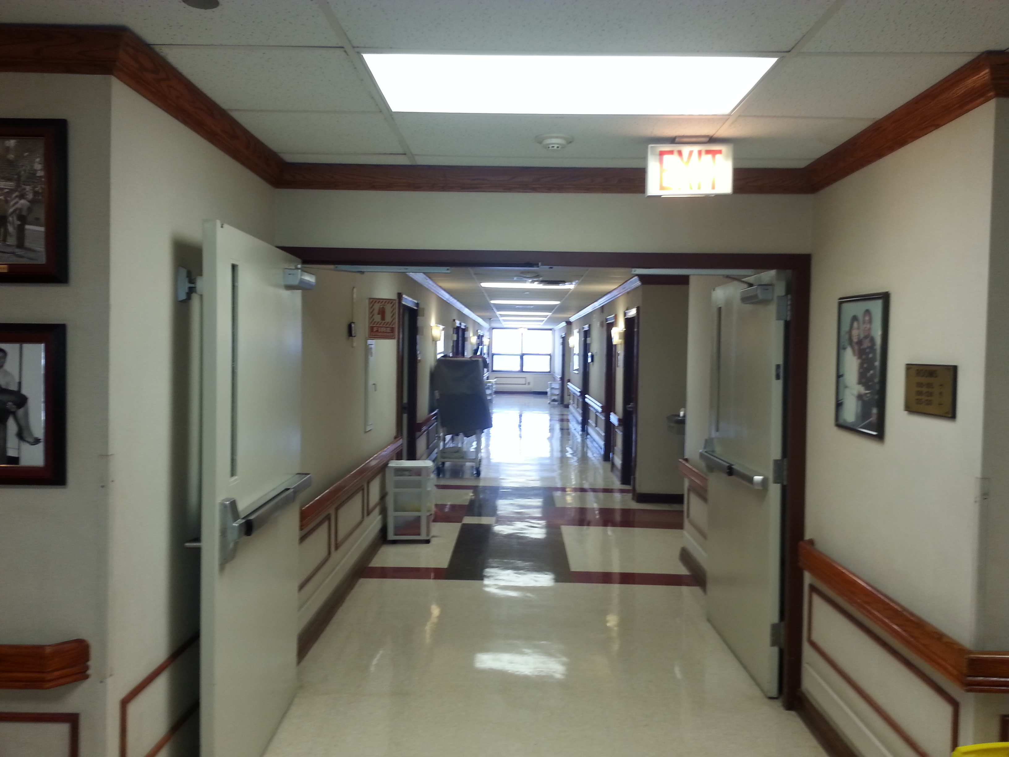 Hospital Fire Doors : What are fire doors fox valley safety